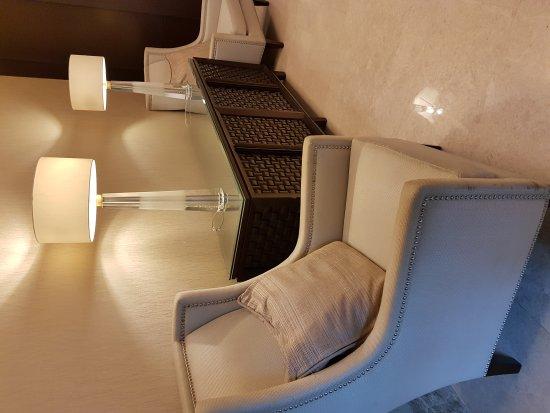 Crimson Hotel Filinvest City, Manila: 20160809_095423_large.jpg