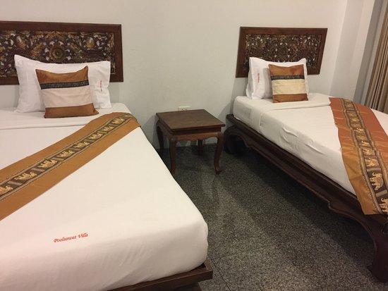 Poolsawat Villa: Third floor twin room