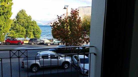 Rydges Lakeland Resort Hotel Queenstown: balcony ground floor view
