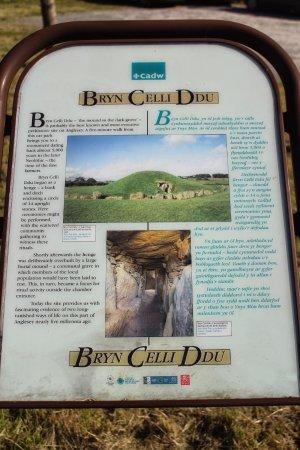 Gaerwen, UK: Bryn Celli Ddu