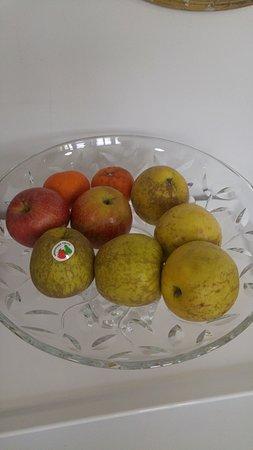 """Градо, Испания: la """"fruta"""" del desayuno..."""