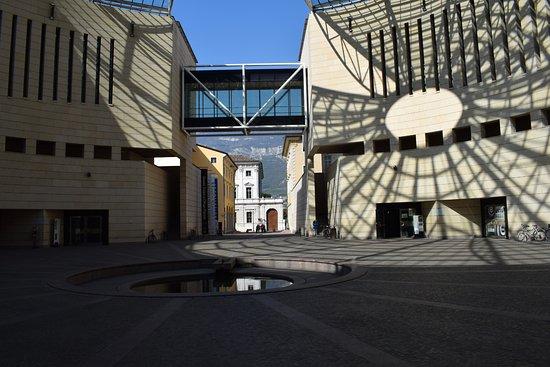 Bello picture of museo di arte moderna e contemporanea for Museo d arte moderna e contemporanea di trento e rovereto