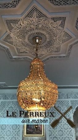 Restaurant la table marocaine dans neuilly plaisance avec - La table des oliviers neuilly ...
