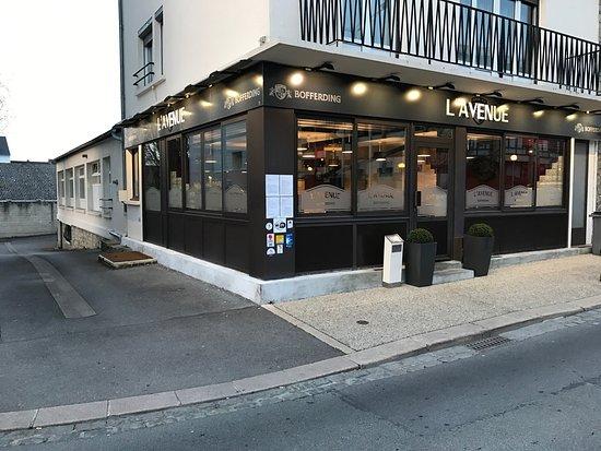 Restaurant L Avenue Boulevard De Lyon A Laon