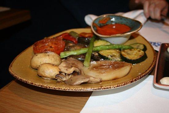 Parrillada de verduras picture of la mary restaurant for Parrillada verduras