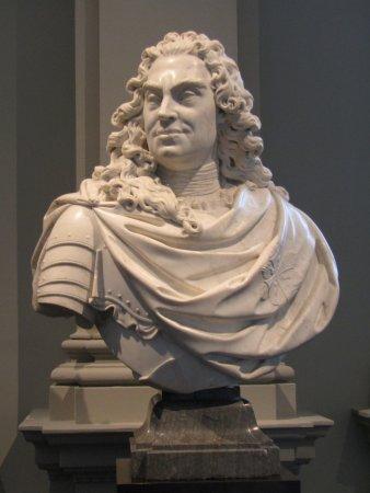 busto de augusto o forte ドレスデン アルテ マイスター絵画館の