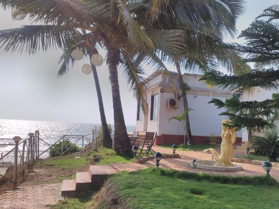 Maison Ocean Beach Resort Goa