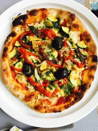 Ramonville Saint-Agne, France: Pizza végétarienne un régal pour les papilles 😋😋😋