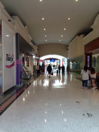 Joondalup, Australien: One of the entrance corridors
