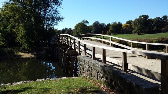 Concord, แมสซาชูเซตส์: North Bridge