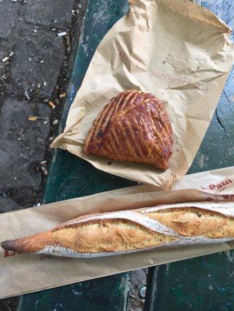 Photo of French Restaurant Le Grenier a Pain at 149 Rue Du Faubourg Saint Antoine, Paris 75011, France