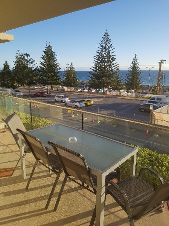 Seashells Scarborough: Balcony