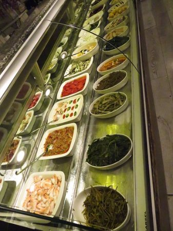 Del Mare: Sauces and starters on Display