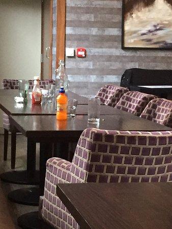 Amber Bar & Restaurant: photo0.jpg