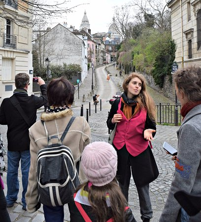 Discover Walks : Charming street and our guide