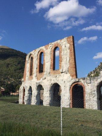 Teatro Romano: photo1.jpg