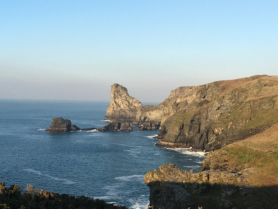 The coast path between Boscastle and Tintagel