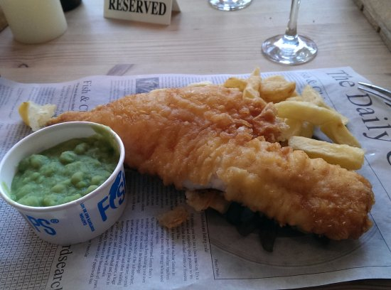 Charmouth, UK: Fish & chips