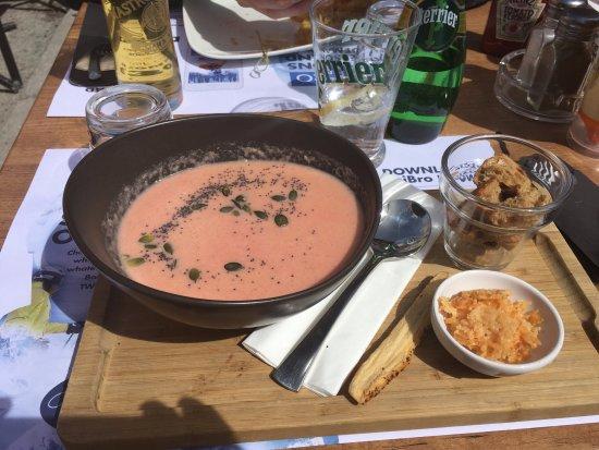 La Sana : Parsnip, fennel & beetroot soup with croutons