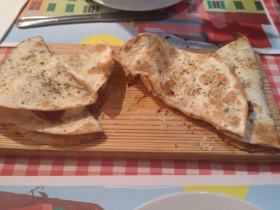 O Mamma Mía: Tacos de diferentes pizzas