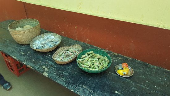 Tropical Spice Plantation: Local products.
