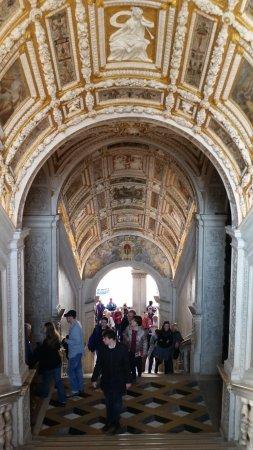 DiscoveringVenice -  Walking Tours: Doge Palace - golden ceilings