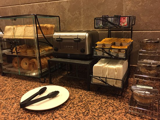 La Quinta Inn & Suites Las Vegas Airport South: Breakfast at La Quinta Inn (5)