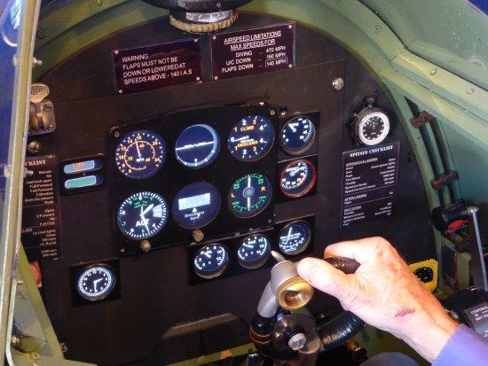 Wisborough Green, UK: The cockpit