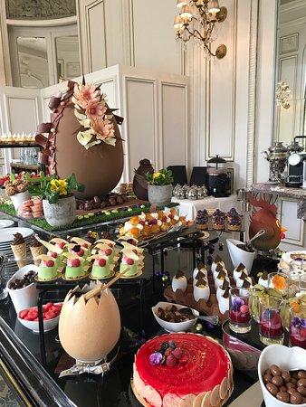 La Chapelle-en-Serval, Francia: Brunch Princier Pâques 2017