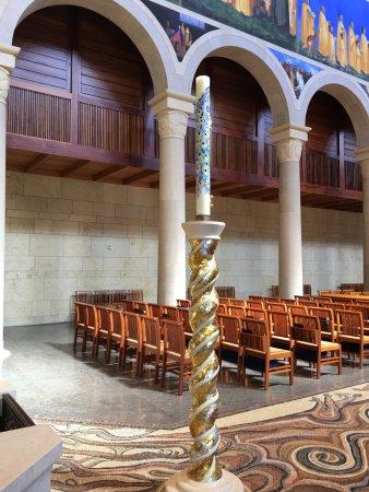 Church of the Transfiguration: Pews