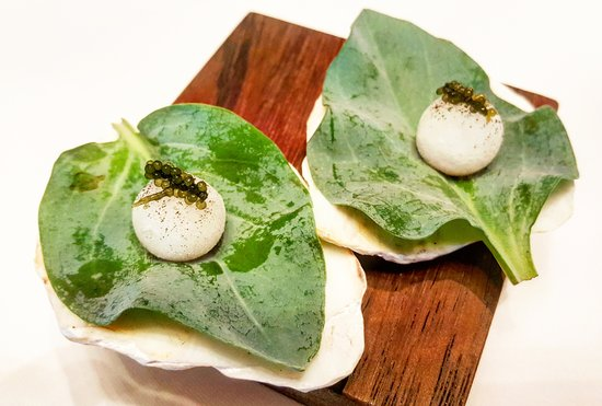 Amber: #seawater in #ice #seagrapes #oysterleaf #amusebouche for #saltiness