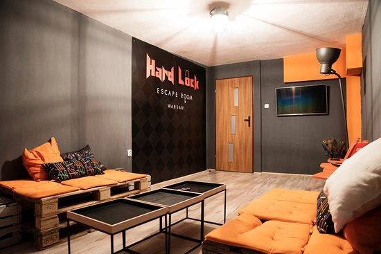 Hard Lock - Escape Room