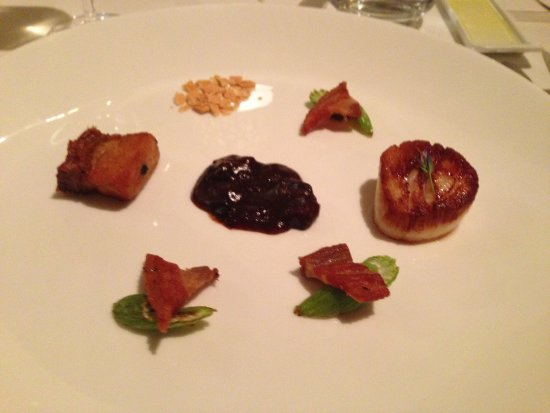 Leola, PA: Scallop with Pork course