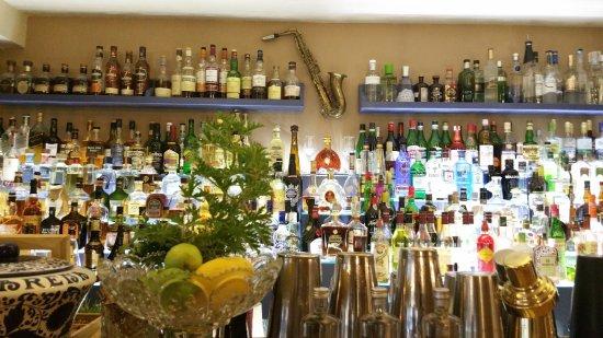 Capsis Astoria Heraklion Hotel: Drink Easy Cocktails Bar