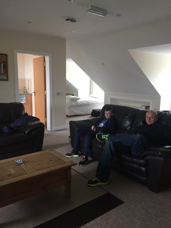 Portaferry, UK: Photos showing the fabulous 4A Apartment & dining room during our family stay Easter 2017
