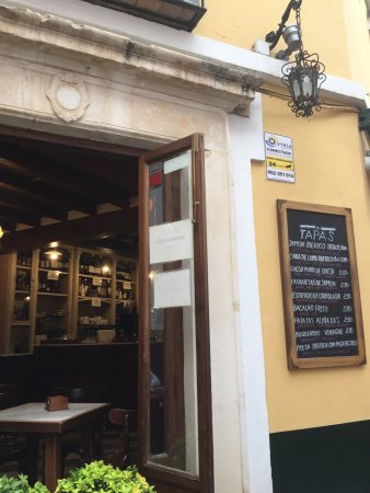 El Cuervo de Sevilla, España: Casa Roman