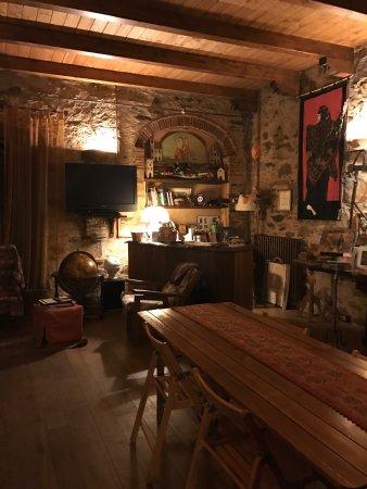 Province of Lucca, Italy: Sala per le colazioni/accoglienza e giardino