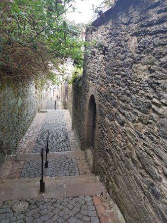 Morlaix, Frankrike: 20170409_181425-2268x3024_large.jpg