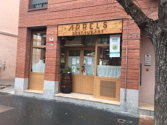 restaurant arrels puerta principal