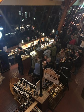 Sandpoint, ID: Cedar St. Bistro Wine Bar full house