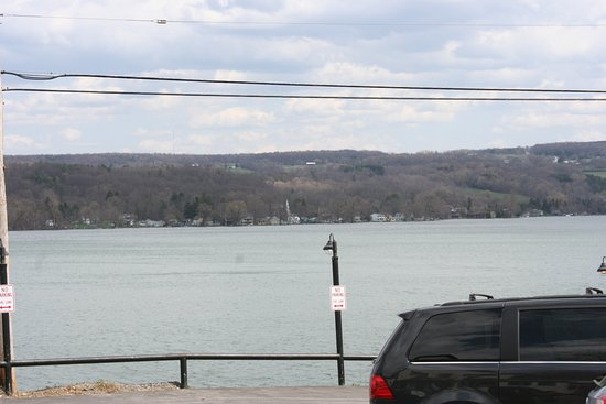 Marietta, NY: Looking out across the lake from the parking lot.