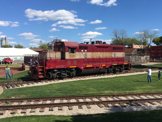 Grapevine Vintage Railroad: Grapevine train at Fort Worth stockyards