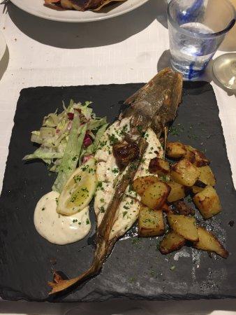 Torta Alle Noci Gallinella Al Forno Frittura Di Pesce Picture Of