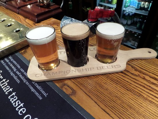 The Fleece Inn: Free guest ales to try from card in room