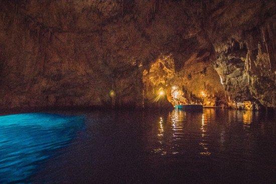 Amalfi Transfer: エメラルドの洞窟