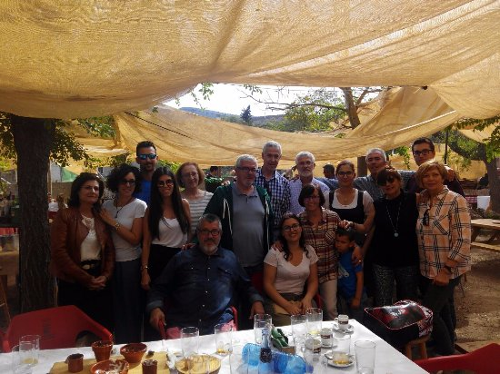 Dilar, İspanya: La familia con María y Jini que nos atendieron de forma excepcional.