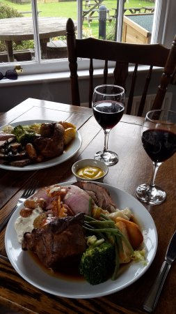 Pewsey, UK: Carvery roast