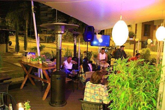 Terraza Bamboo Picture Of Cafe Bamboo Armenia Tripadvisor