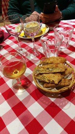 Sarteano, Italien: Osteria Spirito di...vino