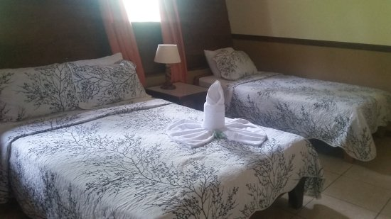 Hotel Faro Arenal: 20170413_131501_large.jpg